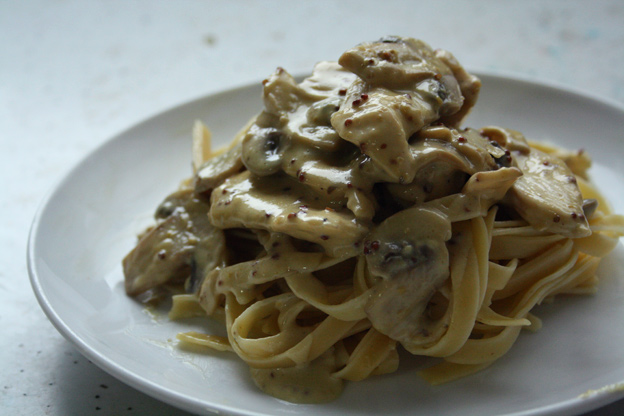 Chicken & Mushrooms Mustard Pasta